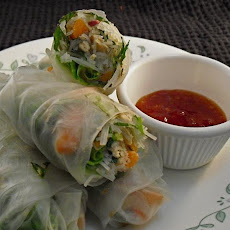 Vietnamese-Style Fresh Spring Rolls With Salmon