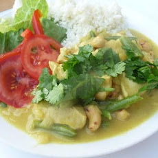 Chicken and Cashew Nut Curry