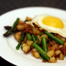 Dinner Tonight: Spring Asparagus and Bacon Hash