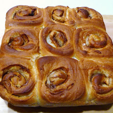 Bread Baking: Cinnamon Apple Sweet Rolls