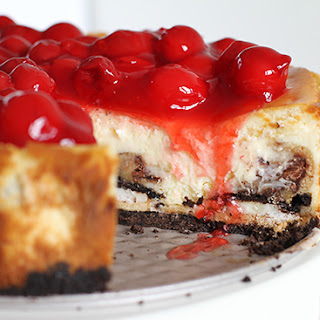 Cherry Cheesecake with Oreos and Chocolate Chip Cookie