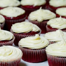 Bobby Flay Throwdown Red Velvet Cupcakes and Cream Cheese Icing