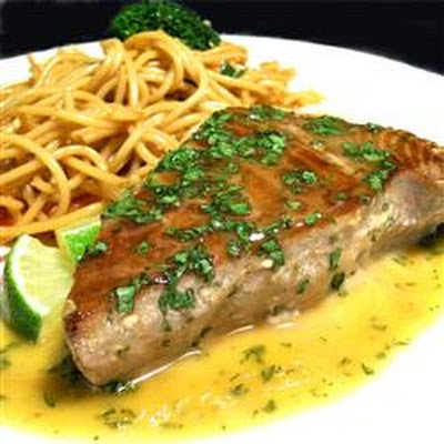 Seared Tuna with Wasabi-Butter Sauce