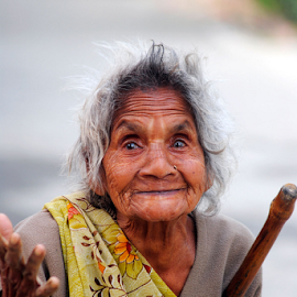 the golden smile by Ritesh RoyChowdhury - People Portraits of Women ( potrait, old, lady, smile, people, aged )
