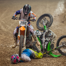 Getting run over by Josh Rud - Sports & Fitness Motorsports ( motocross, racing, dirtbike, motorcycle, kawaski, arenacross, ktm, crash )