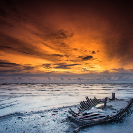 Hope by Kah JuNn - Landscapes Sunsets & Sunrises ( color, colors, landscape, portrait, object, filter forge )