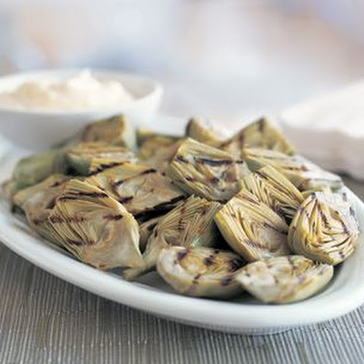 Artichokes with Lemon Aioli
