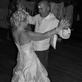 Dance! by Ross Thornhill - Wedding Bride & Groom ( love, wedding photography, married, black and white, wedding, happy, summer, marriage, people, photography )