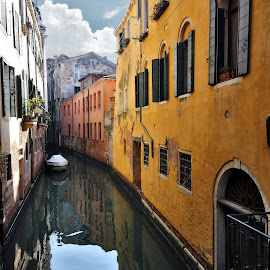 yellow - mellow in venice by Almas Bavcic - City,  Street & Park  Neighborhoods