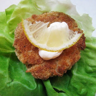 Crab Cakes with Lemon Mayonniase