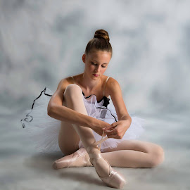 Finally trying out the new studio lights... by Jason Gerrish - Sports & Fitness Other Sports ( studio, dancing, girl, ballerina, ballet, dance, dancer, pointe )