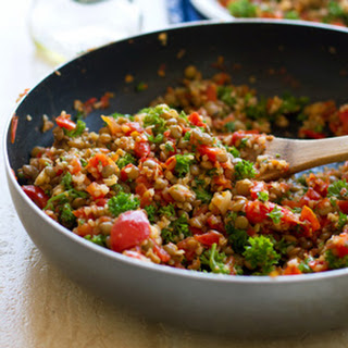 Sauteed Garlic and Tomato Lentil Salad