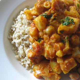 Bombay Potatoes with Chickpeas