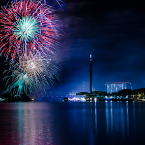 The Firework of Putrajaya by Mohammad Khairizal Afendy - Public Holidays New Year's Eve ( water, floria, firework, waterscape, putrajaya, sea, night, malaysia, cityscape, , Fireworks, Cityscape, Celebration, Countdown, color, colors, landscape, portrait, object, filter forge )