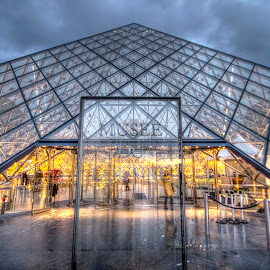 by Ben Hodges - Buildings & Architecture Public & Historical ( paris ·     louvre ·     statue ·     old ·     hdr ·     pyramid ·     fountain ·     france ·     historical ·     public ·     rain · )