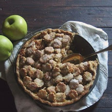 Apple Pie with Caramel & Goat Cheese