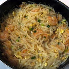 Yummy Shrimp Pad Thai