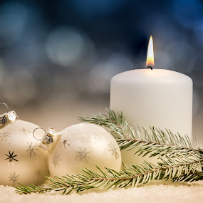 Christmas still life by Per-Ola Kämpe - Artistic Objects Still Life ( candle, winter, snow, christmas, baubles, fir, decoration, object,  )