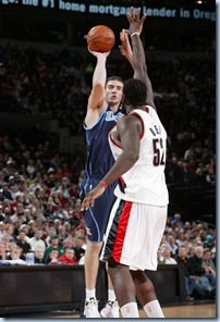 Shoot it man, its Greg Oden, you can totally make this shot!