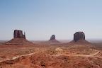 Monument Valley, Jimmy på fløjte 050.jpg