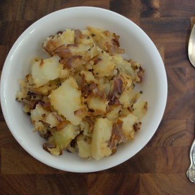 Smashed potatoes with Caramelized onions