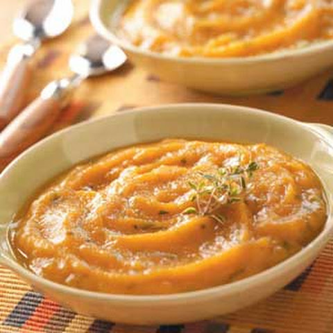 Roasted Garlic and Sweet Potato Soup Recipe