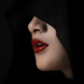 Wet lips by IkanHiu Pegel Pegel - People Portraits of Women