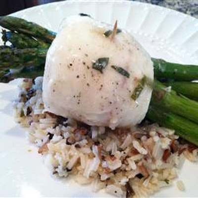 Tilapia Asparagus Bundles With White Wine Sauce