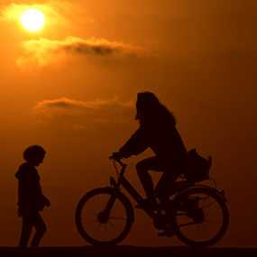 Silhouettes at sunset by Yuval Shlomo - People Street & Candids