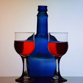 Red wine, blue bottle.. by Rakesh Syal - Food & Drink Alcohol & Drinks