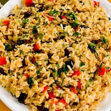 Slow Cooker Greek Rice Recipe with Red Bell Pepper, Feta, and Kalamata Olives
