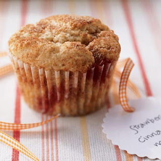 Low-Fat Strawberry-Cinnamon Muffins