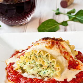 Chicken Pesto Lasagna Rolls