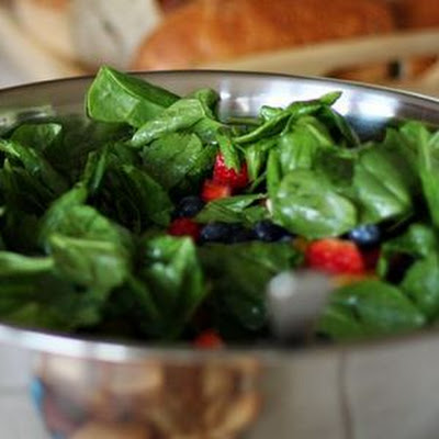 Amazing Spinach & Strawberry Salad