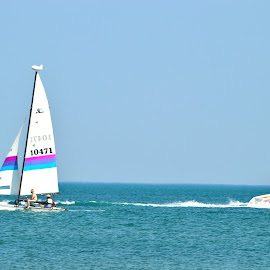 Sailing on the same boat by Rajarajeswaran  Sathyamoorthy - Landscapes Travel ( sailing, sea, beach, travel, boat,  )