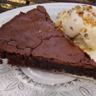Crustless Brownie Pie