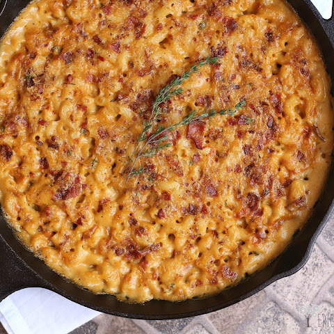 Garlic, Bacon, and Beer Macaroni and Cheese