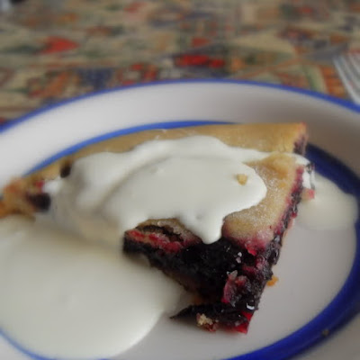 Black Currant Plate Pie