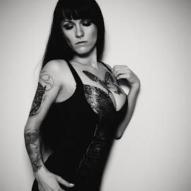 Jane Doe BW by Stefan Emmerich - People Body Art/Tattoos ( lingerie, black and white, tattoos, boudoir, tattoo )
