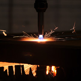 Gas Cutting.. by Richard Bull - News & Events Technology ( gas cutting, engineering )