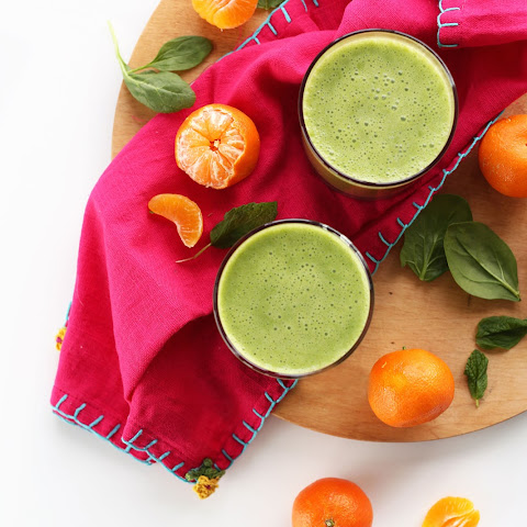 Coconut Clementine Green Smoothie
