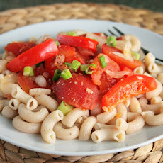 Tomato Pepper Pasta Toss