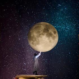Bring you the moon mellan.jpg