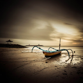 jukung by Firman Hananda Boedihardjo - Landscapes Waterscapes
