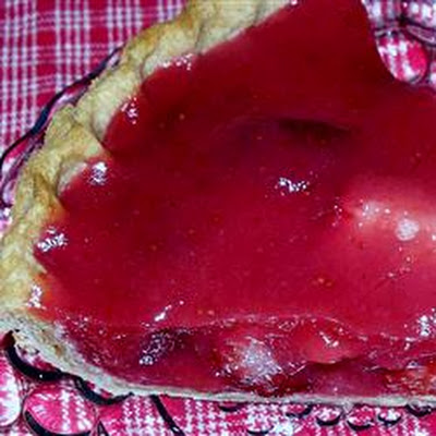 Fresh Strawberry Pie with Orange Liqueur Glaze