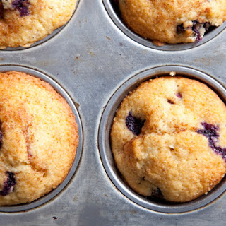 "Kemp's ""You-Won't-Believe-They're-Whole-Wheat"" Blueberry Muffins"