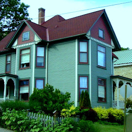 Galena Green House by Kathy Rose Willis - Buildings & Architecture Homes ( galena, illinois, green, victorian, summer, house )