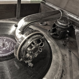 Classic record player.. by Danny Rustandi - Artistic Objects Antiques ( iphonephotoacademy, loves_bnw, bnw_magazine, Snapseed, ig_bari_, ig_merida )