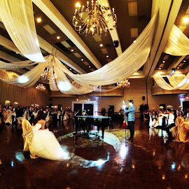 Surprise Piano-GoPro Wedding by Riley Turpin - Wedding Reception ( happy, wedding, people )