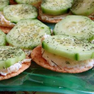 Cucumber, Dill, and Cream Cheese Appetizers